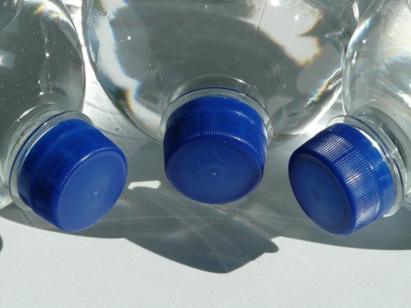 bottles-60474_1920